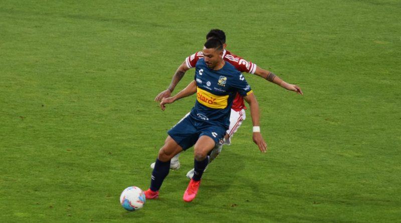 Everton y la Universidad de Chile igualaron en un partido bastante disputado